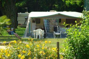 Votre emplacement de camping-car à Ruoms, Ardèche …
